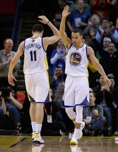 The Splash Brothers entered the record books as the new top three-point tandem in NBA history. Curry and Thompson combined for 483 threes this past season. Golden State Basketball, I Love Basketball, Basketball Players, Kentucky Basketball, Kentucky Wildcats, College Basketball, Stefan Curry, Warriors Thunder, Basket Nba