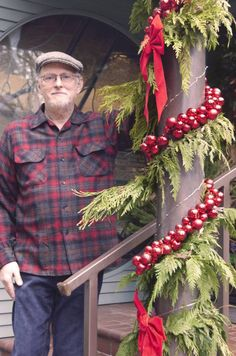 WSHG.NET | Home for the Holidays in Gig Harbor — Celebrating the Season with Tom and Donna Torrens | People & Places | December 7, 2015 | WestSound Home & Garden