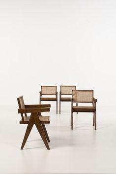 Pierre Jeanneret (1896-1967), fauteuils teck et cannage, 1955-1956. Provenance Chandigahr - Inde / vente Piasa