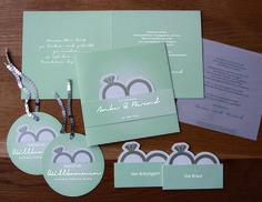 Hochzeitspapeterie mit Einladung _ personalisierten Tischkärtchen _ Anhänger www.facebook.com/lieblingskarte