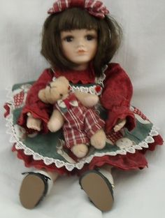 Dolls & Bears Smart Annette Funicello Collector Bear