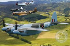 Mosquito, Spitfire, P-40, & P-51 Mustang