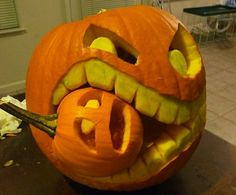 No more jack-o-lanterns with triangle eyes and nose and three teeth. These carved pumpkins are truly works of art. So how about impressing your family, friend and neighbors by giving these carvings a try? You might screw up a pumpkin here and there but you can use the remains to make an awesome pie.