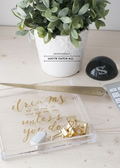 Motivational Gold and Lucite Desk Tray DIY