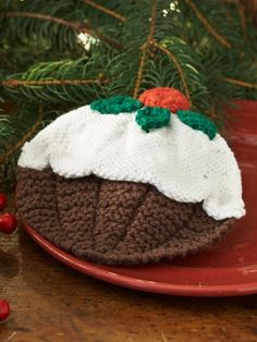Christmas Pudding Dishcloth in Lily Sugar and Cream Solids. Discover more Patterns by Lily Sugar 'n Cream at LoveKnitting. The world's largest range of knitting supplies - we stock patterns, yarn, needles and books from all of your favorite brands. Christmas Knitting Patterns, Knitting Patterns Free, Free Knitting, Free Pattern, Crochet Patterns, Knitting Supplies, Knitting Projects, Crochet Projects, Christmas Pudding