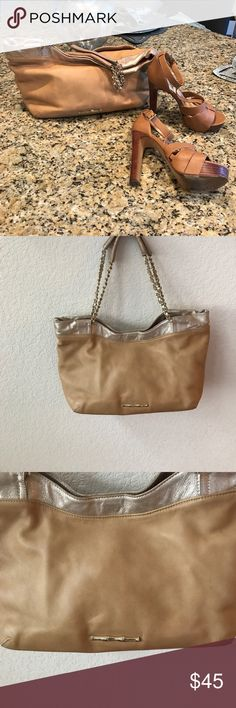 Elaine Turner  butter soft purse! Beautiful bag Quality leather - soft and subtle . Tan and chain handles . Beautiful bag Elaine Turner Bags