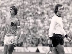 Johan Cruijff of the Netherlands, Franz Beckenbauer of BRD during the. Pure Football, Stock Pictures, Stock Photos, Legends Football, World Cup Final, Vintage Football, Football Players, The Past, Running