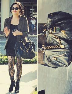 Demi Lovato has the cutest clothes and I absolutely adore her tights!
