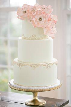 Best ideas about Whiteweddingcakes Wedding White Wedding Cakes