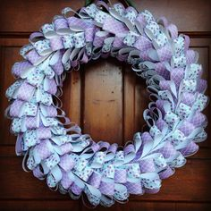 DIY Paper Wreath via Weekend Craft