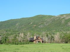 VRBO.com #94666 - Secluded Rustic Log Cabin, 42 Acre Private Valley!