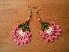 crochet earrings pink flower green by PashaBodrum on Etsy