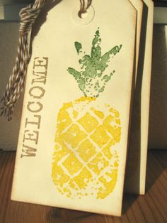 The pineapple is a symbol of hospitality. These welcome pineapple gift tags will add a lovely touch to any gift bag, hawaii wedding or welcome to