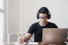 Young man student study at home using laptop and learning online - Buy this stock photo and explore similar images at Adobe Stock E Learning, Learning Courses, Student Studying, Student Work, Teen Entrepreneurs, Learned Helplessness, Best Online Courses, Home Study, Laptop