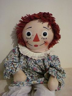 Raggedy Ann HUGE Doll Knickerbocker 32 Inch ( I still have this one, along with Andy) Toddler Dolls, Baby Dolls, Raggedy Ann And Andy, Sewing Machines, Childhood Memories, Annie, Little Girls, Whimsical, Dads