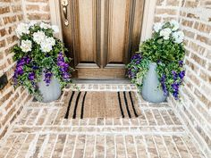 Tutorial on how to arrange and use artificial flowers and plants in outdoor planters. #ABlissfulNest #gardening #outdoorplanters Faux Outdoor Plants, Fake Potted Plants, Artificial Flowers And Plants, Outdoor Flowers, Outdoor Planters, Faux Plants, Fake Flowers, Outdoor Decor, Outside Planters