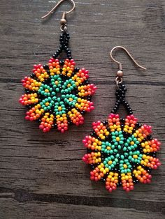 free beaded bracelet patterns for beginners Native Beading Patterns, Beaded Earrings Patterns, Weaving Patterns, Bracelet Patterns, Seed Bead Jewelry, Seed Bead Earrings, Hoop Earrings, Seed Beads, Handmade Jewelry Designs