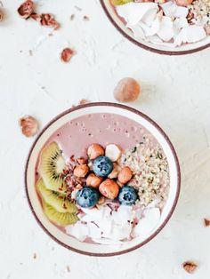 Acai-Bowls: So machst du das Power-Frühstück zu Hause!