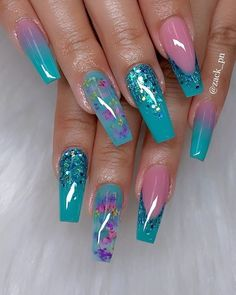 45 Acrylic Coffin Nails Designs Fashion Trend - Page 39 of 45 - Septor Planet Pink Glitter Nails, Glam Nails, Dope Nails, 3d Nails, Glitter Nail Tips, Coffin Nails Glitter, Blue Nail, Green Nails, Summer Acrylic Nails