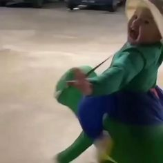 Funny Baby Memes, Cute Funny Baby Videos, Very Funny Jokes, Cute Funny Babies, Funny Videos For Kids, Haha Funny, Funny Kids, Funny Cute, Chest Workout For Men