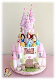 Princess castle cake - Cake by Vicious & Delicious by Sara Solimes