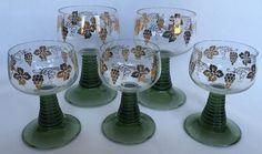 5 German Rhine Roemer Wine Glasses Green Stem Gold Grapes Vine Romer Ribbed Stem