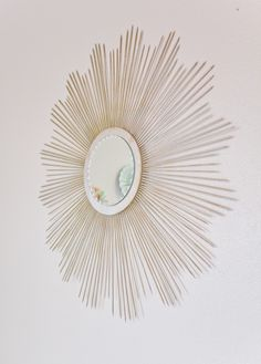Third Floor Design Studio: Weekly Tip: DIY Sunburst Mirror