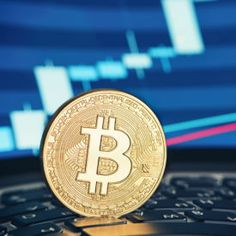 """Apple Co-Founder Steve Wozniak Invested in Bitcoin """"Just for Fun"""" 700 digital coins in the world. None oriented towards actually being used as currency. That all changes now! Save money with retail shopping while investing in the hottest crypto coin ever! Bitcoin Company, Tax Day, Steve Wozniak, What Is Bitcoin Mining, Investment Companies, Investment Property, Cryptocurrency News, Bitcoin Price, Crypto Currencies"""