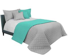 Elegantý prešívaný prehoz sivej farby 200 x 220 cm - domtextilu. Comforters, Blanket, Room, Furniture, Home Decor, Colors, Creature Comforts, Homemade Home Decor, Blankets