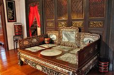 Traditional opium bed at Pinang Peranakan Mansion