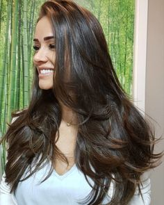 Fantastic Hair trends detail are offered on our internet site. Have a look and you wont be sorry you did. Medium Hair Cuts, Long Hair Cuts, Medium Hair Styles, Short Hair Styles, Choosing Hair Color, Kate Middleton Hair, Haircuts For Wavy Hair, Colored Curly Hair, Beautiful Long Hair