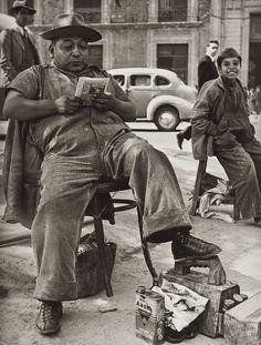 FOTO HERMANOS MAYO Bolero, México, D.F., ca. 1943. Impresión de 1991-92.