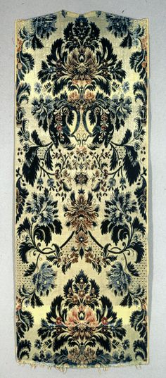 Textile, 18th century. https://collection.cooperhewitt.org/objects/18397539/