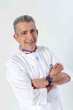 Philippe URRACA  Meilleur Ouvrier de France et président des Meilleurs Ouvriers de France en pâtisserie depuis 2003, Philippe Urraca, c'est le boss. Élève à Labéjan, le maître fait son apprentissage dans la pâtisserie réputée Nogaro, à l'âge de 15 ans. À 19 ans, il reprend l'affaire paternelle, puis ouvre une pâtisserie à Gimont.