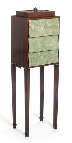 Pierre LEGRAIN - Cabinet - palissandre, galuchat, jade, corne - Vers 1919 - Arts Décoratifs (ART DECO - Provenance : appartement de Jacques Doucet)