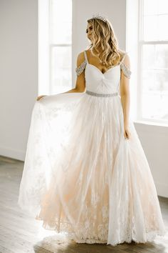 Sherri Hill white dress ballgown lace beaded prom ypsilon dresses Utah sweet heart neck line
