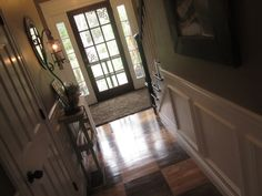 Down to Earth Style: How to Paint a Rug on Wood Floors