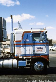 Tucumcari, New Mexico Truck Stop,  photo by Ned Paynter  1980