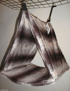 I can make this and make a pouch on the bottom with velcro closure to put in coroplast for stability