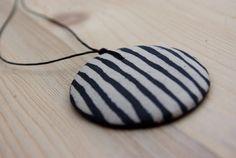 Ceramic pendant vertical lines. €17.50, via Etsy.