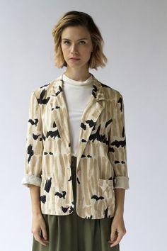 PAINTED BLAZER   $42 #womensfashion #fashion #style #preownedclothing #style #clothes #shop #vintage #vintageshop #nashville #nashvilleshop #blazer #fashionprint #funprint