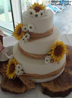 wedding cake by Isabel costa