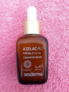 Azelac RU by Sesderma delivers brighter, more luminous skin while helping to control hyperpigmentation for a more even skin tone. Serum may be used as primary or combined with other depigmentation treatments (chemical peels, laser or IPL). #piel #maquillaje #cuerpo #consejos #crema #cremita