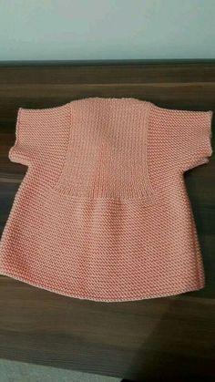 Hızlı ve Kolay Resim Paylaşımı - resim yükle - resim paylaş - Hızlı Res. Arm Knitting, Knitting For Kids, Baby Knitting Patterns, Knitting Socks, Baby Patterns, Cardigan Bebe, Baby Cardigan, Toddler Sweater, Baby Vest