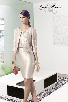 Find Party Dresses by Carla Ruiz thanks to our search engine. Discover the latest tips and trends in Party Dresses by Carla Ruiz. Evening Outfits, Evening Dresses, Formal Dresses, Mom Dress, Lace Dress, Blazer Fashion, Fashion Outfits, Mothers Dresses, Dress Suits