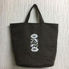 ウール刺繍第三弾‼️ #樋口愉美子 #yumikohiguchi #手芸 #刺繍 #ししゅう #ウール刺繍