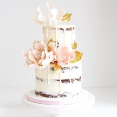 Pretty little half naked Wedding Cake Designs, Wedding Cakes, Beautiful Cakes, Amazing Cakes, Barrel Cake, Engagement Cakes, Cupcake Cakes, Cupcakes, Piece Of Cakes