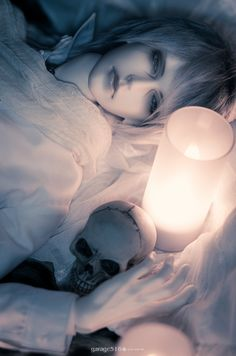 Color of Dawn IOS80 LACRIMOSA Male ball jointed doll not really a skull person but i think this is lovely
