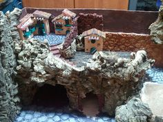 Per un paese civile: dicembre 2011 Christmas Crib Ideas, Gingerbread, Projects To Try, Miniatures, Hobby, Portal, Mario, Diy, Craft