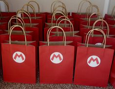 This listing is for a set of 12 Super Mario favor bags! The perfect addition to your special party! Each bag is 8 inches wide and almost 11